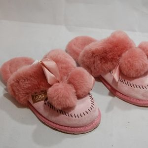 ugg pink slippers size  9